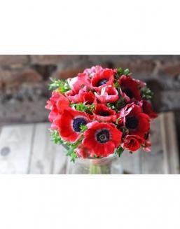 Заказ цветов букет из живых маков доставка цветов по москве купить розы
